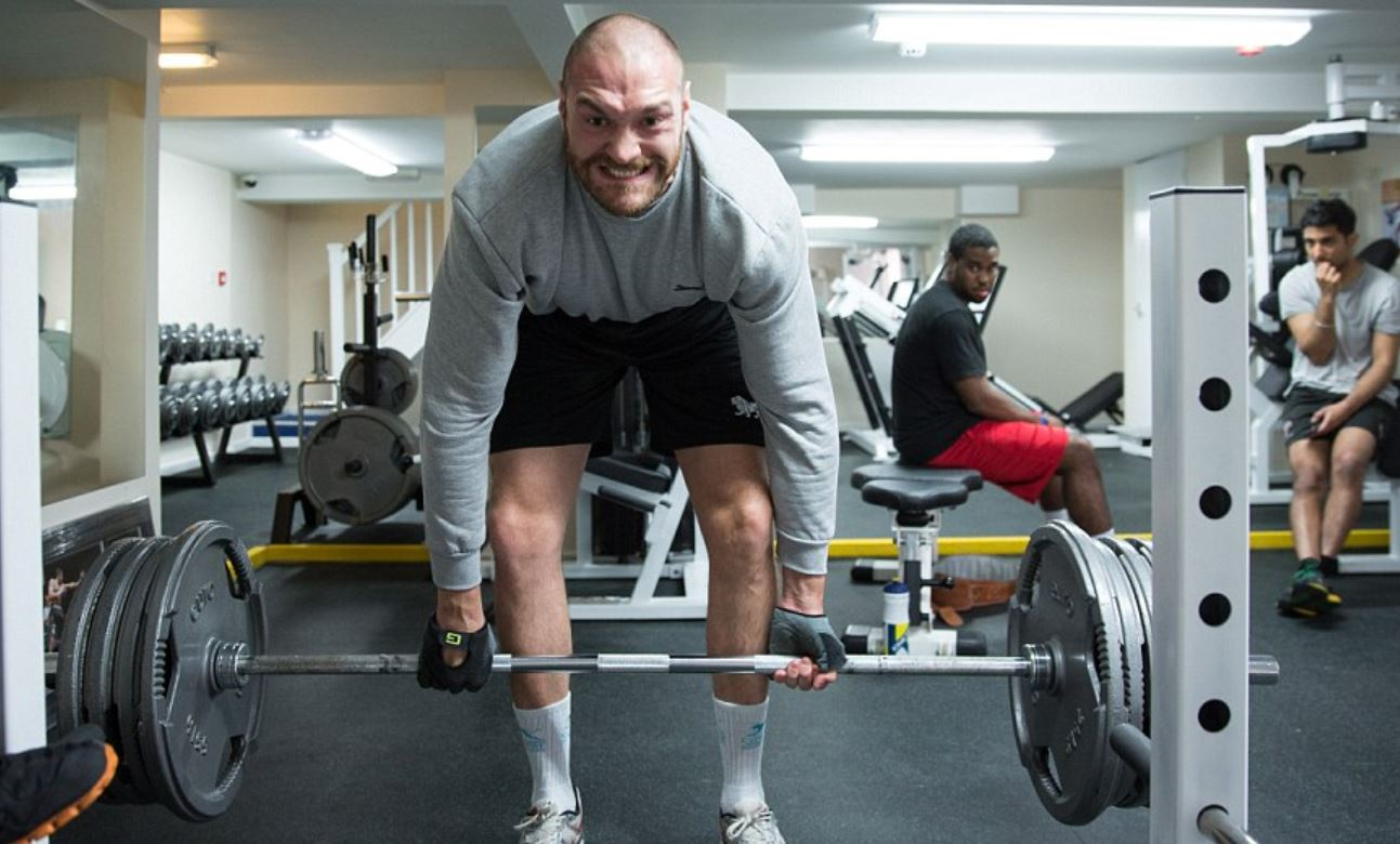 Tyson Fury Deadlifting