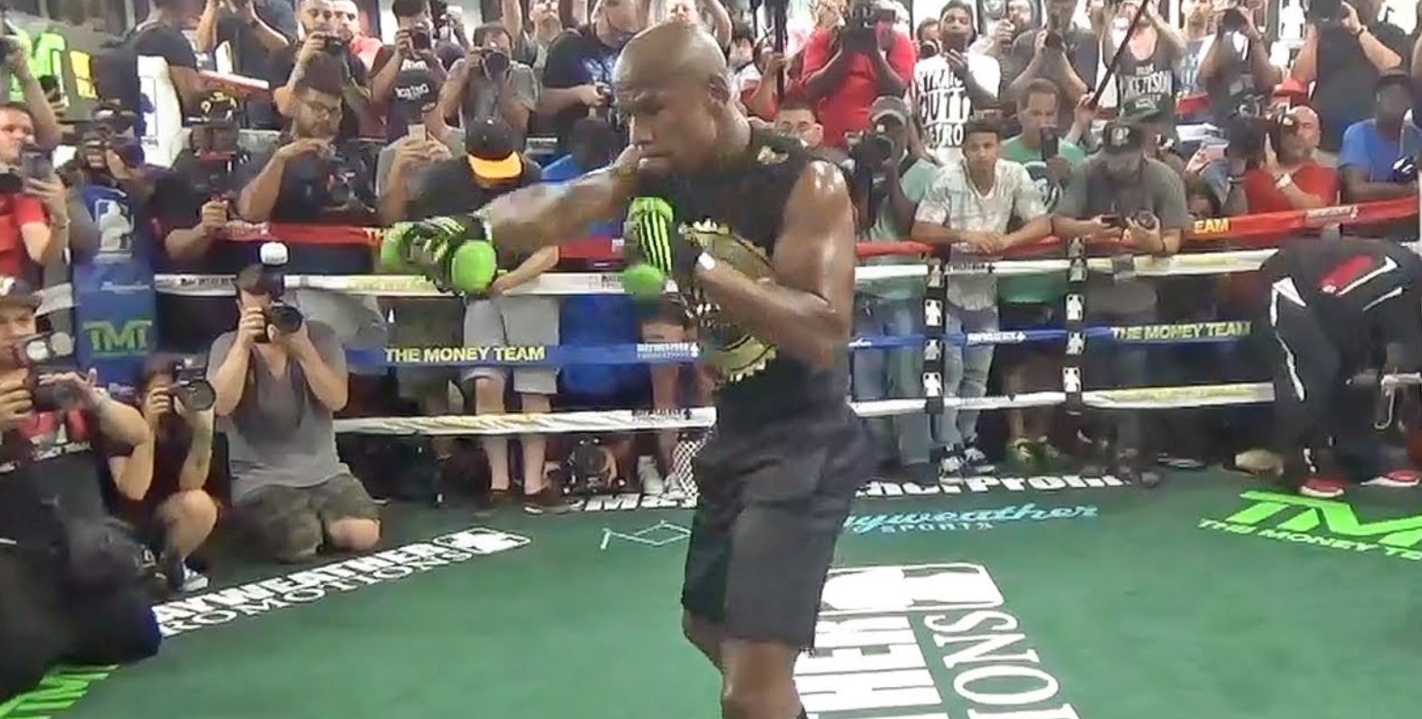 Mayweather Shadow Boxing