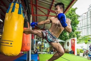 Muay Thai vs Karate - Which Is The More Effective Martial Art